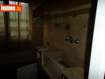 Тристаен, 74m² - Апартамент за продажба - Тодев Ауто ЕООД - 25636972